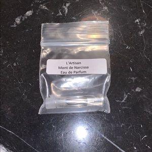 L'Artisan Parfumeur Mont De Narcisse sample